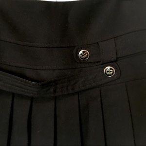 Skirts - Black pleated skirt